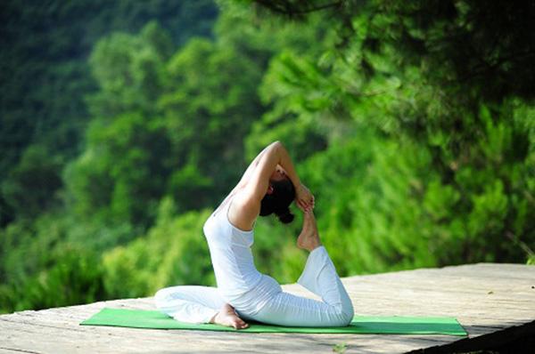Bộ pháp Yoga Cổ Điển cho người mới bắt đầu